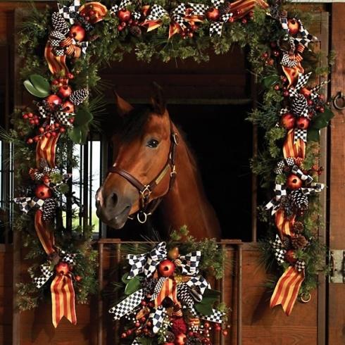 Ecuries - décor de Noël